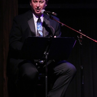 Stephen Hanks performing with Rob Davis for his show